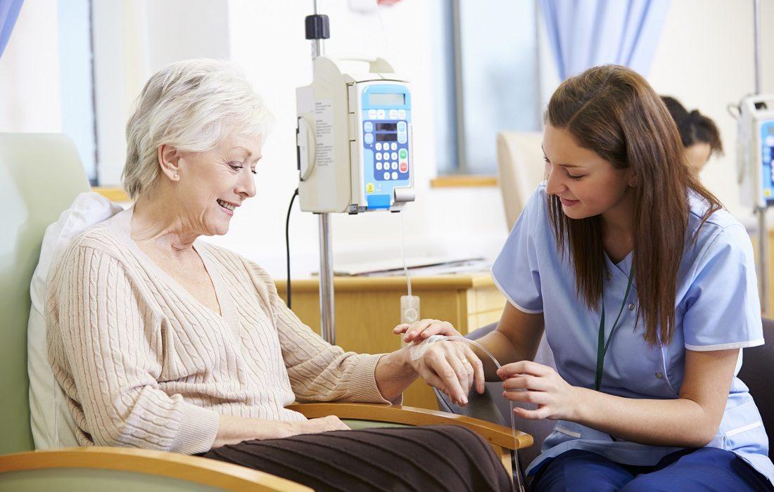 Ménopause et cancer du sein : un risque accru de développer un cancer à la suite des traitements hormonaux