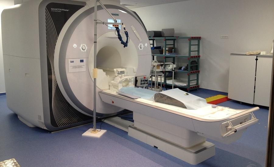 L'intérêt de l'IRM mammaire et du TEP scanner dans le diagnostic du cancer du sein